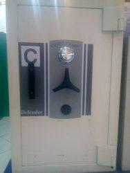 Jual brankas di Nganjuk chubb ukuran t.105cm pintu tebal